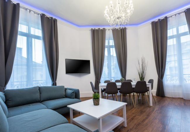 Apartment in Cannes - 5 min walk to the sea, the Croisette and the Palais des Festivals